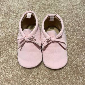 Pink baby moccasins size 12-18 months